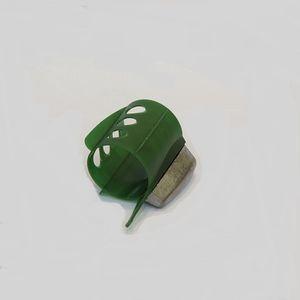 Кормушка фидерная BOMBER малая 100г
